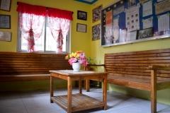Girls' House Sala (Living Room)
